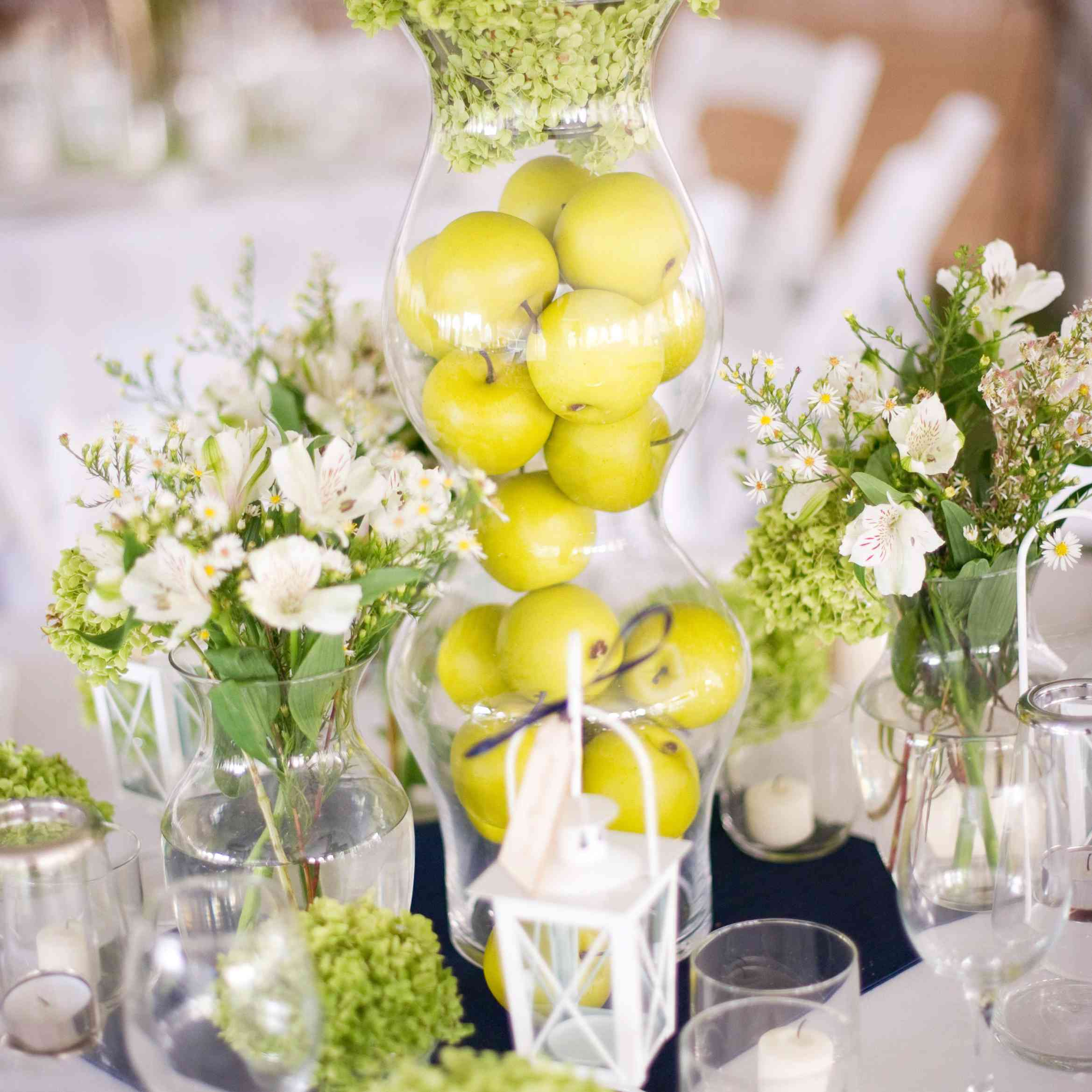 Granny smith apples used as a centerpiece