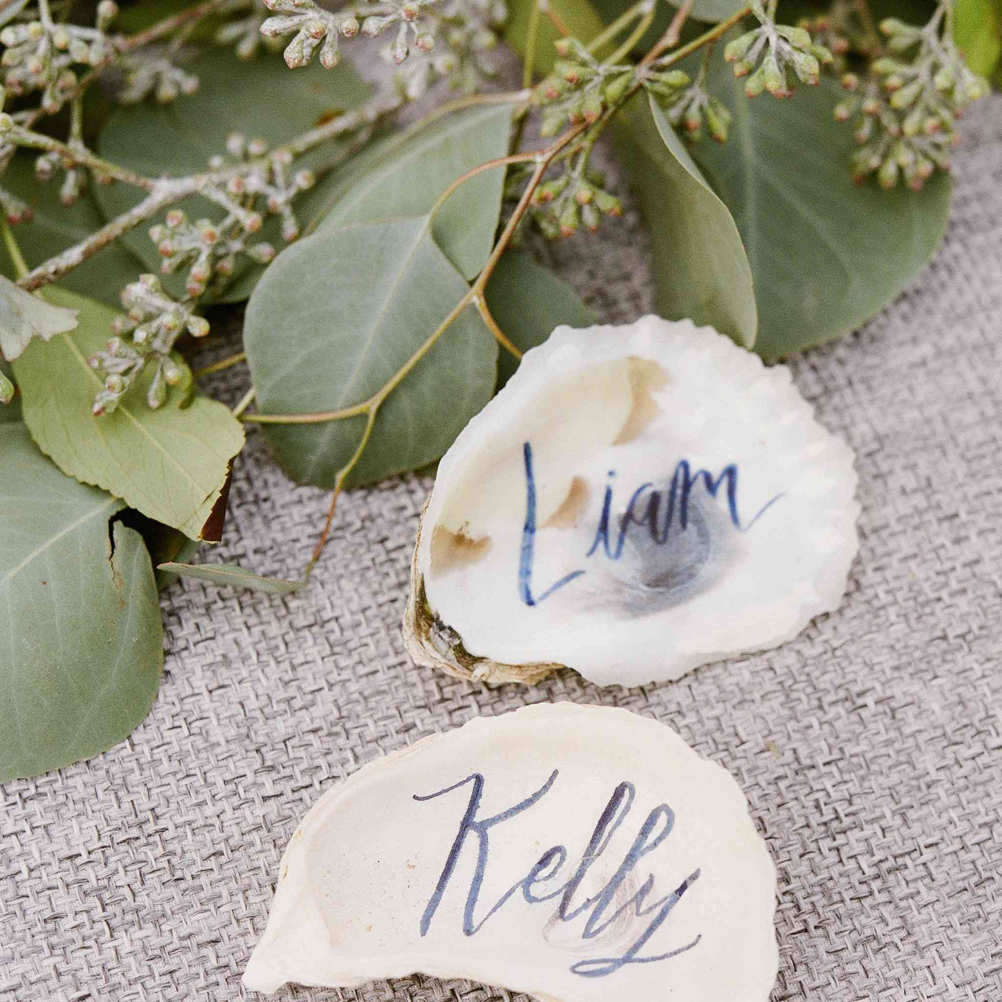 Seashell place cards