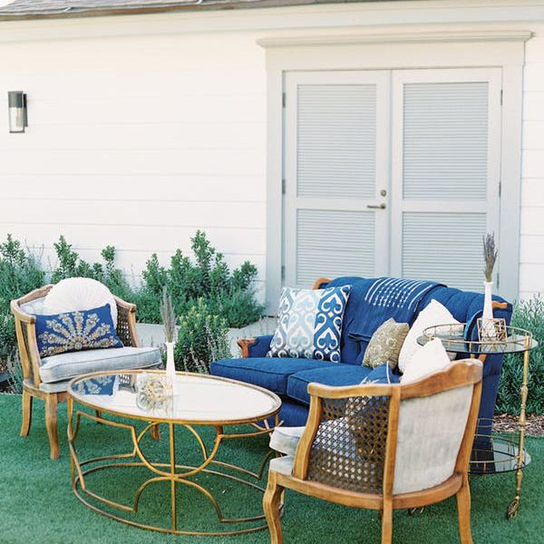 Outdoor Wedding Seating Ideas: 25 Backyard Wedding Ideas