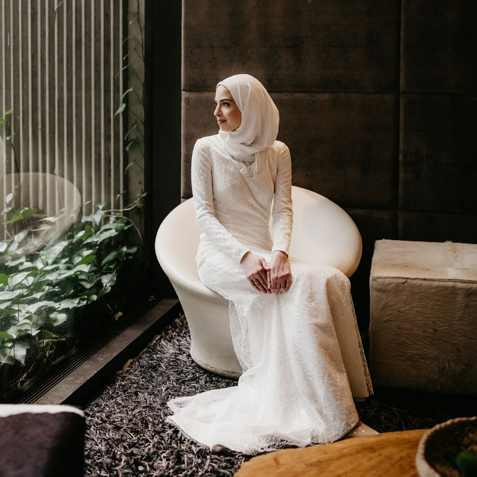 How To Wear A Hijab With Your Wedding Gown