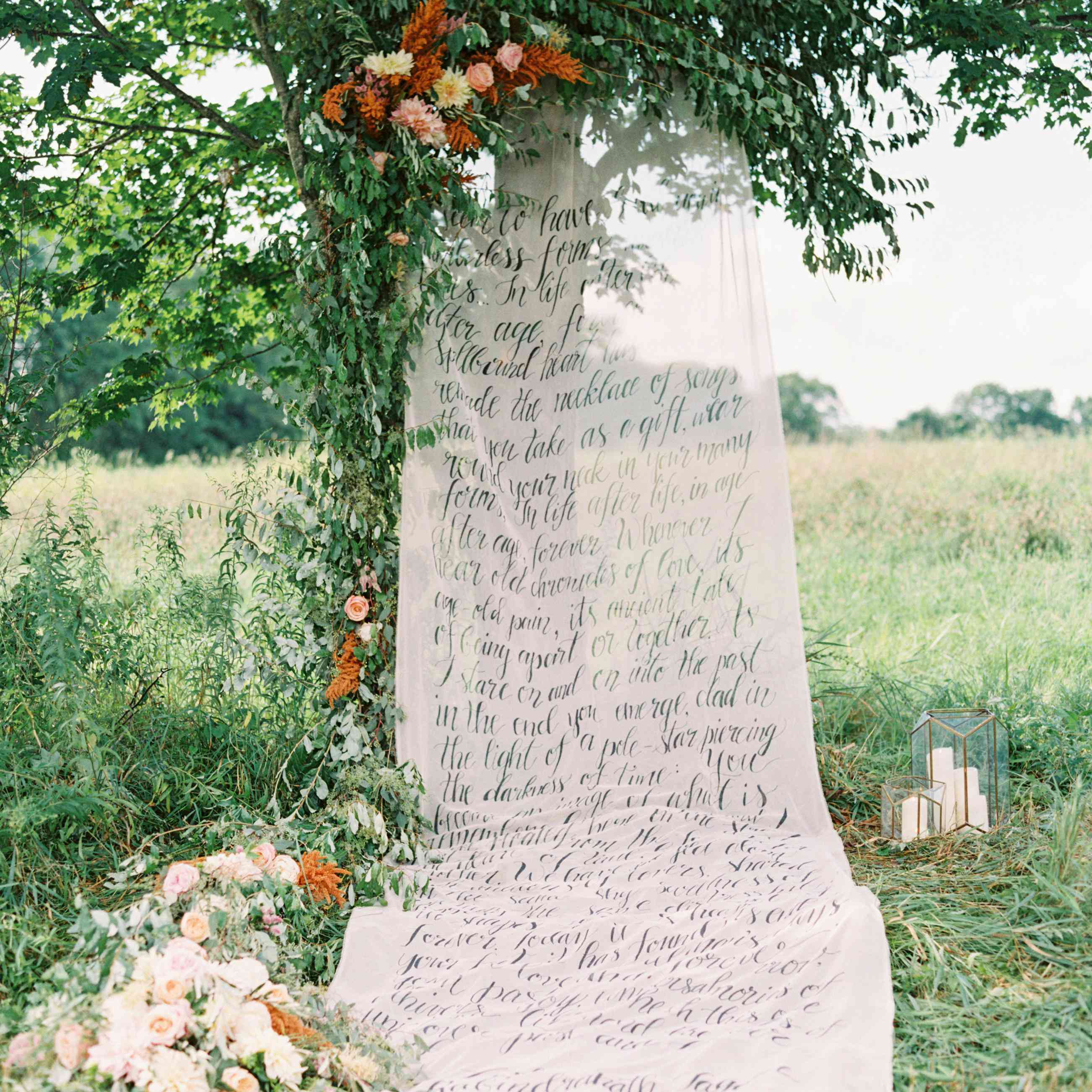 20 Ways to Use Love Quotes for Wedding Decor That\'s ...