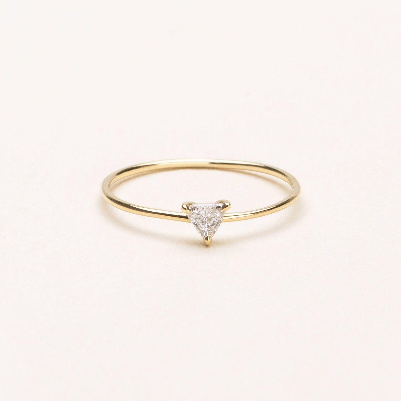 VRAI Trillion Diamond Ring