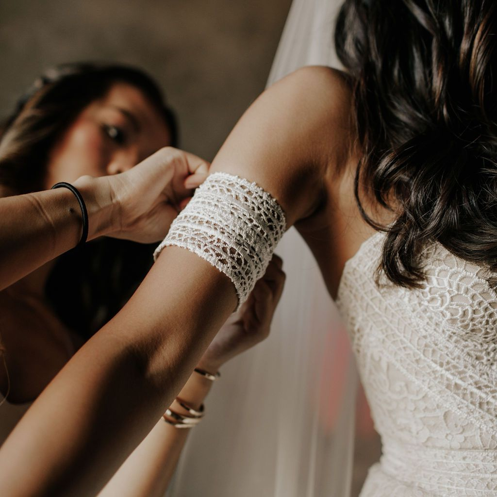 Wedding gown sleeve detail