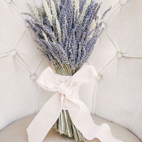 25 Wedding Bouquets Full of Fresh and Fragrant Herbs