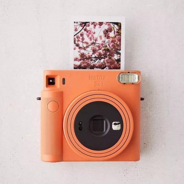 Fujifilm SQ1 Instax Square Camera