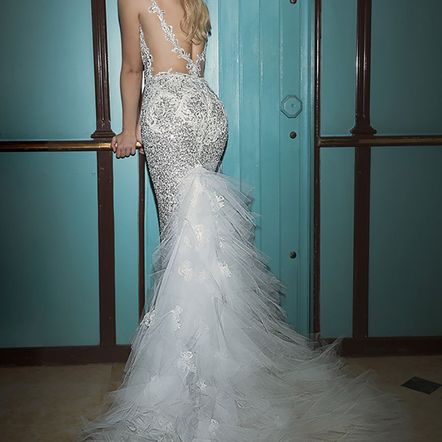 50 Wedding Dresses With Gorgeous Back Details