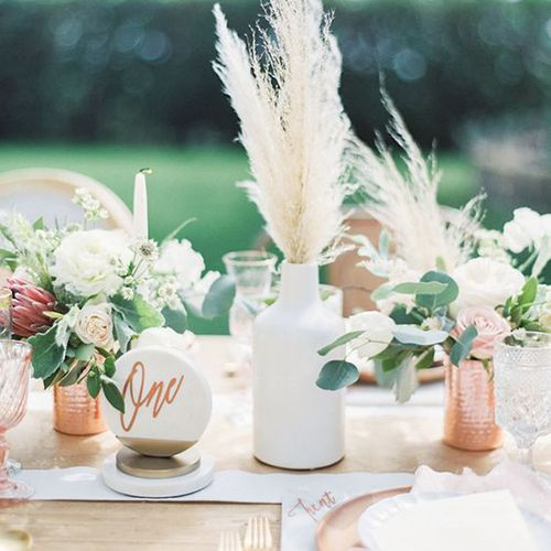 Doing Your Own Flowers For A Wedding: Wedding Flower Trend We Love: Pampas Grass
