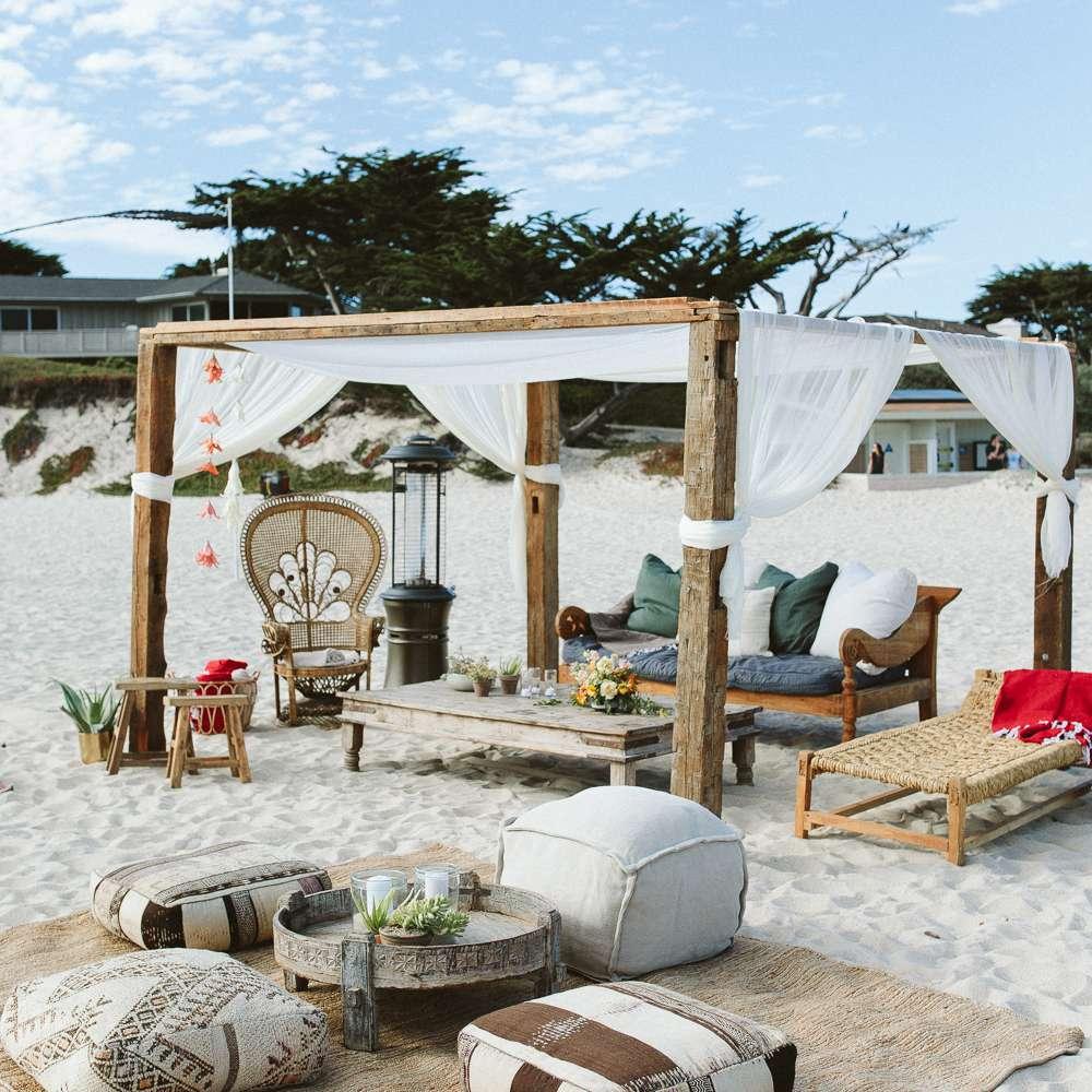 beach lounge seating