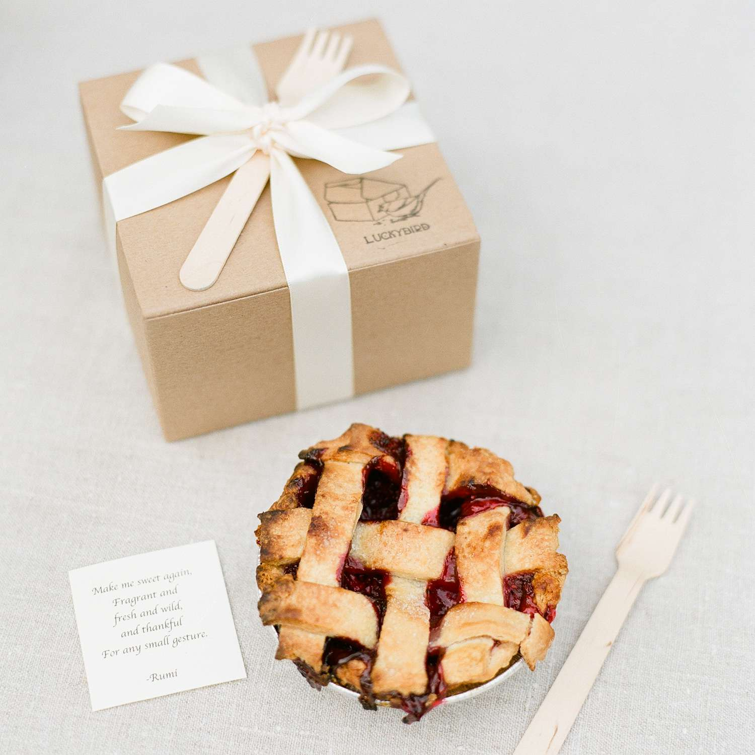 Boxed mini pie wedding favor with thank you note