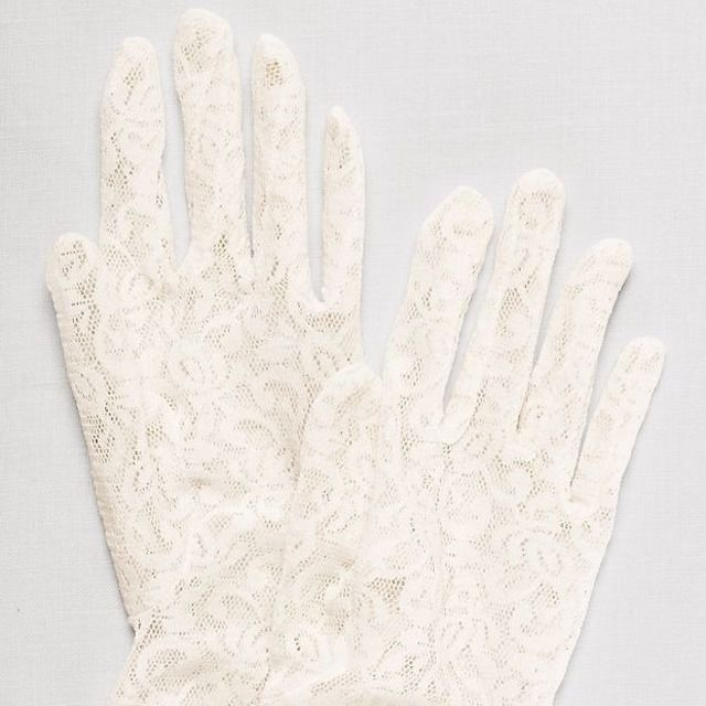 David's Bridal Jenelle Lace Wrist-Length Gloves