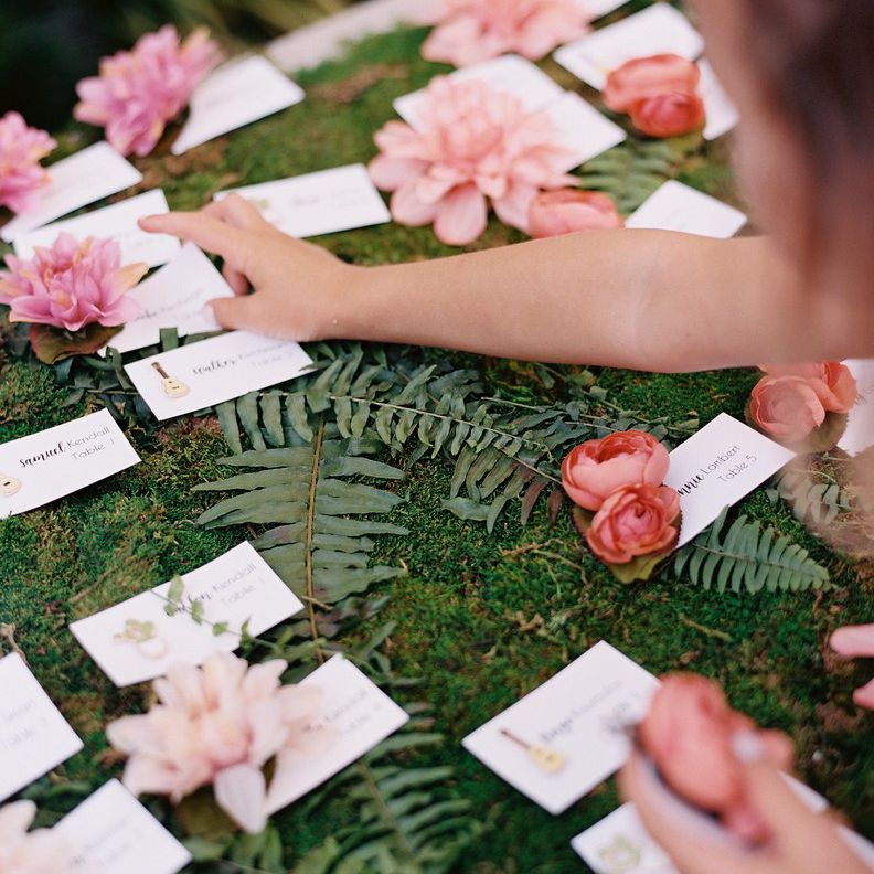 wedding favor and seating cards