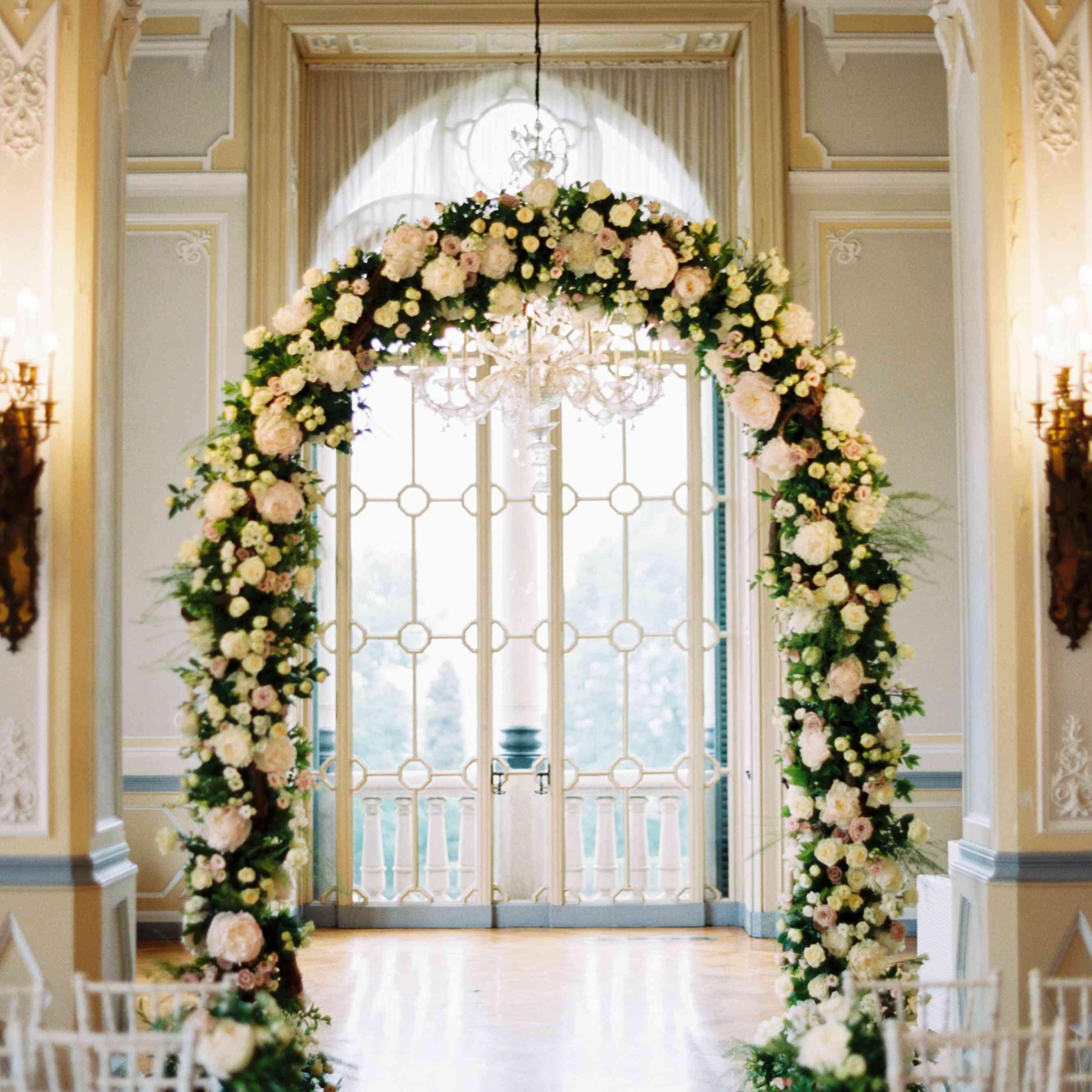 Northern Italian Wedding, Floral Arch