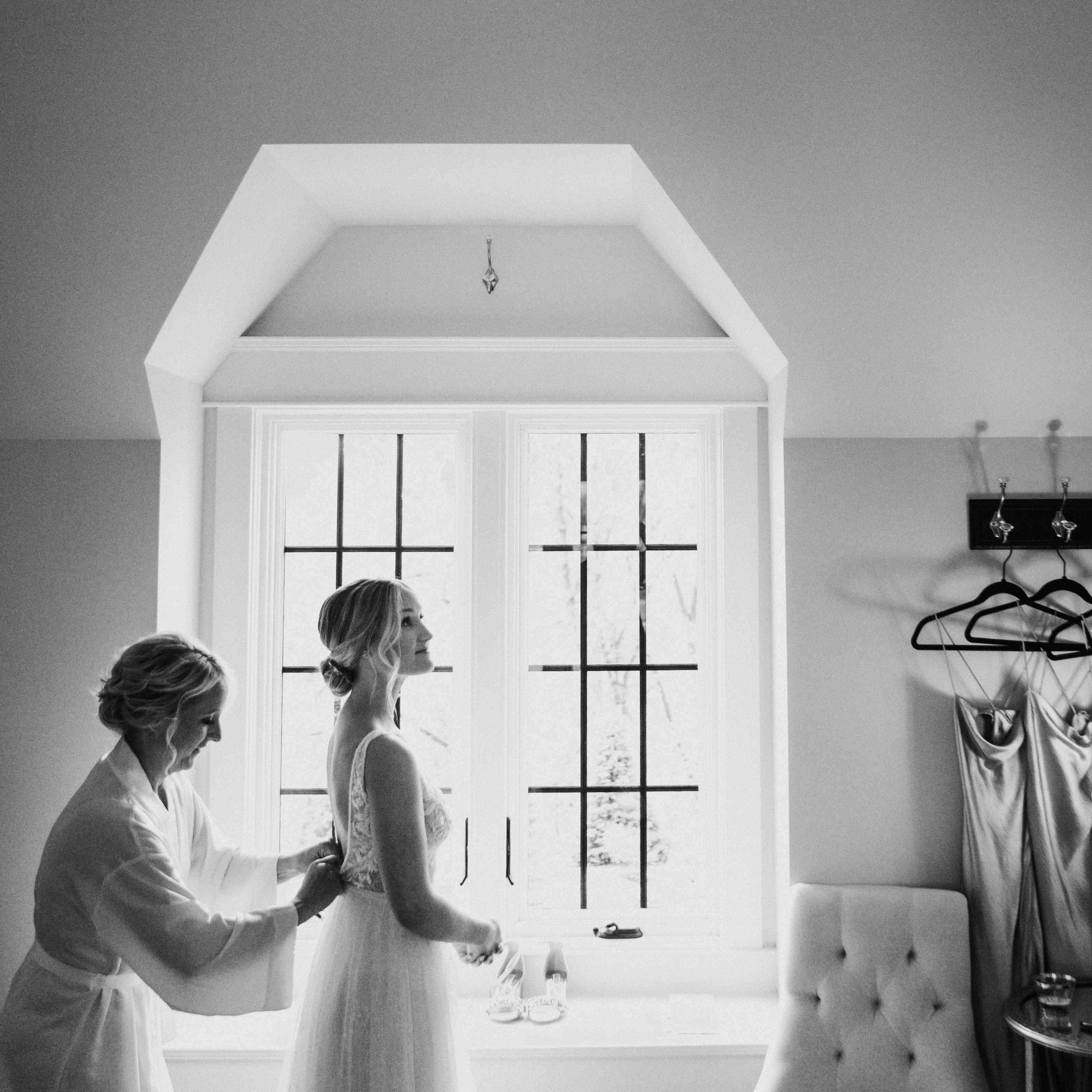 Vintage Wedding Dresses Michigan: Musician Quinn XCII And Macy Uekert's Vintage-Inspired