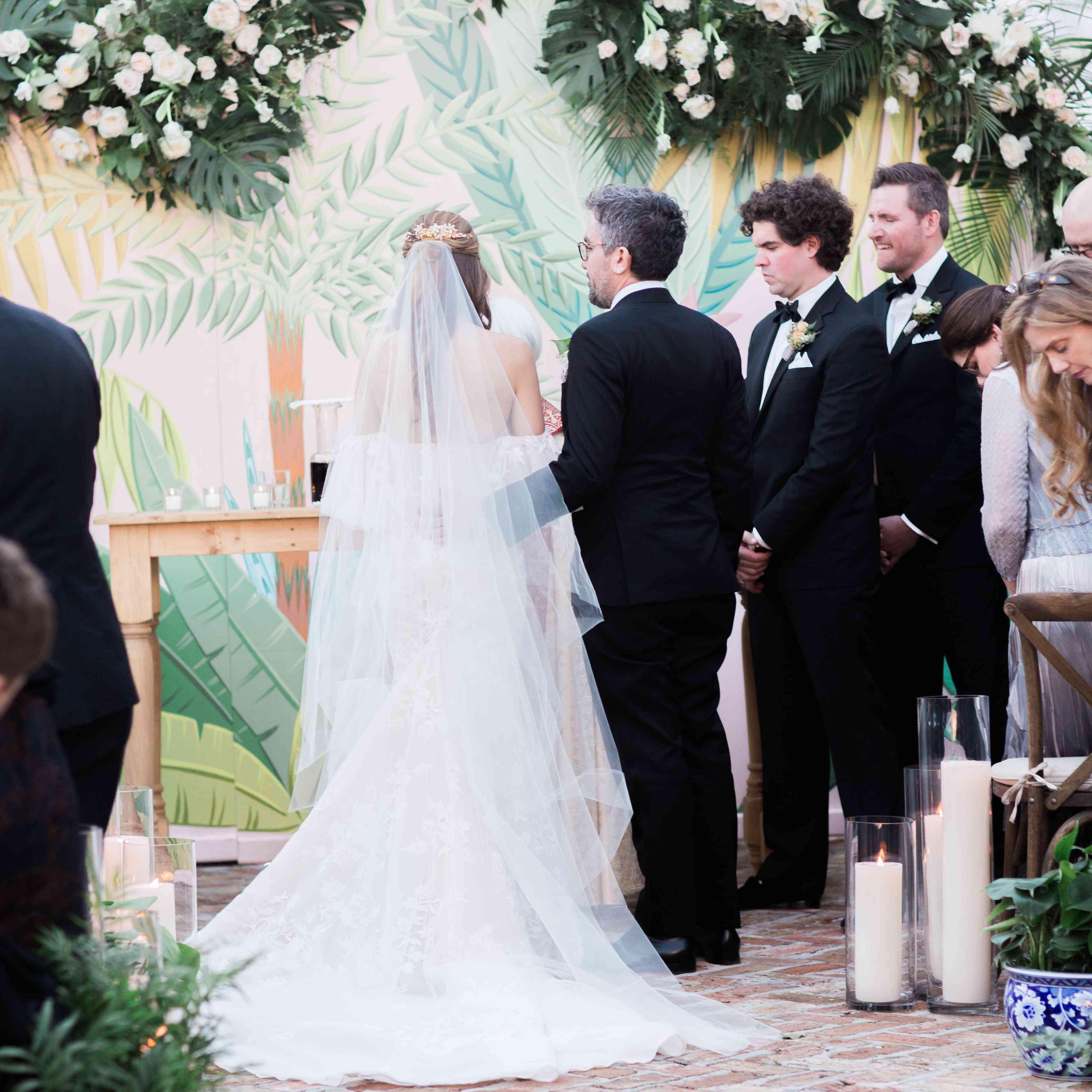 <p>bride and groom wedding ceremony</p><br><br>