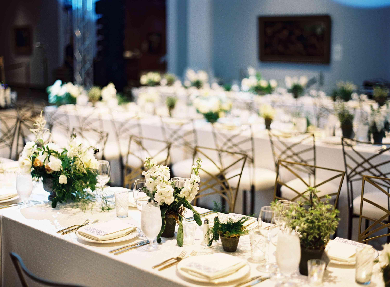 White floral tablescape