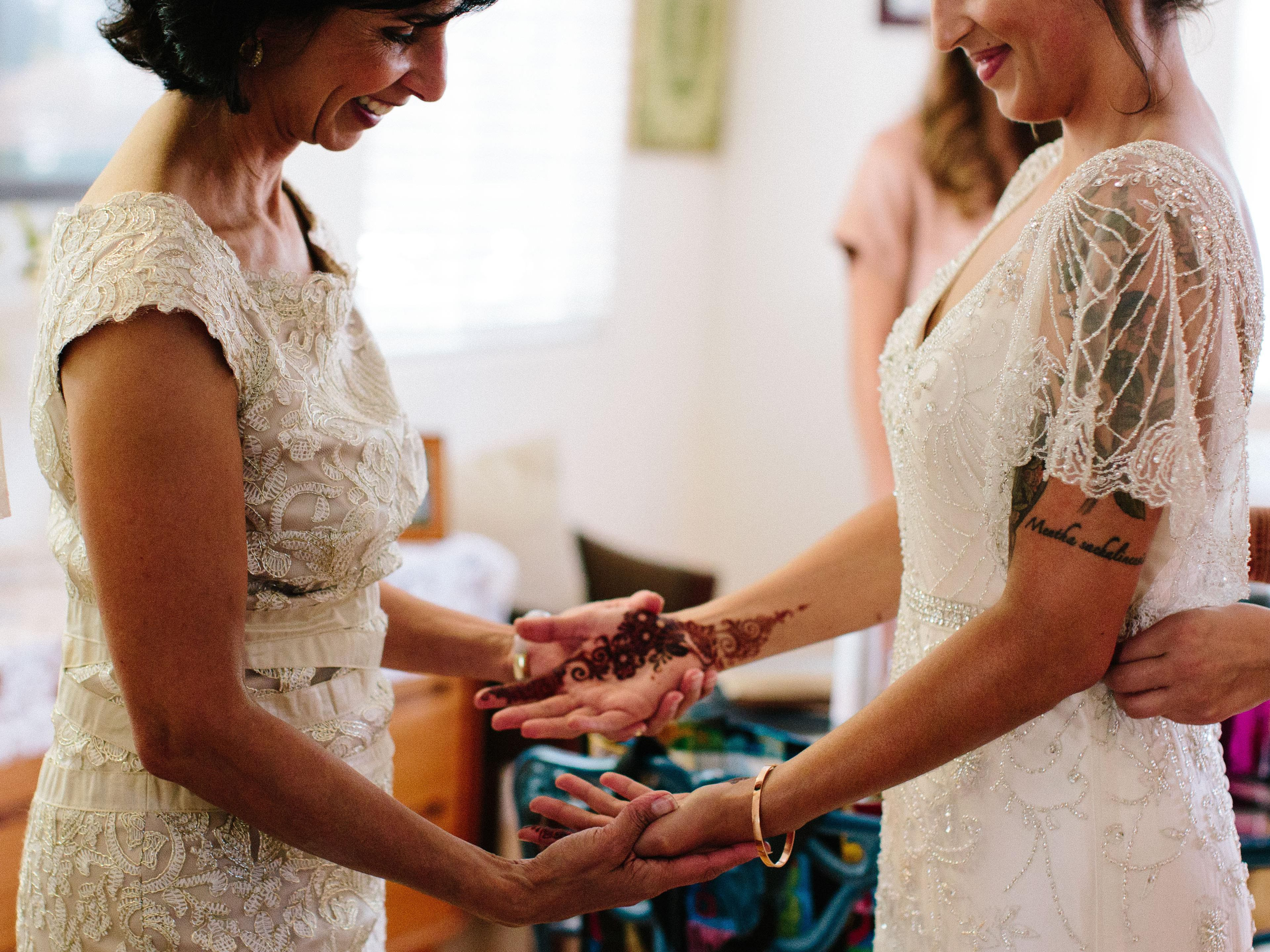 A Guide To Mother Of The Bride Duties