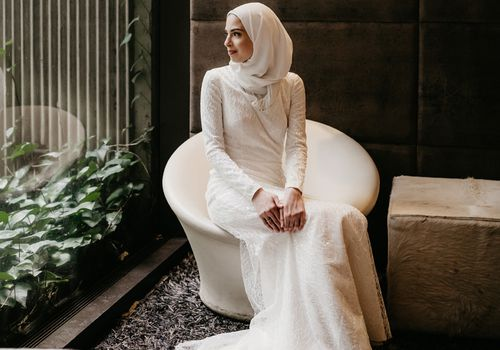 How to Wear a Hijab With Your Wedding Dress