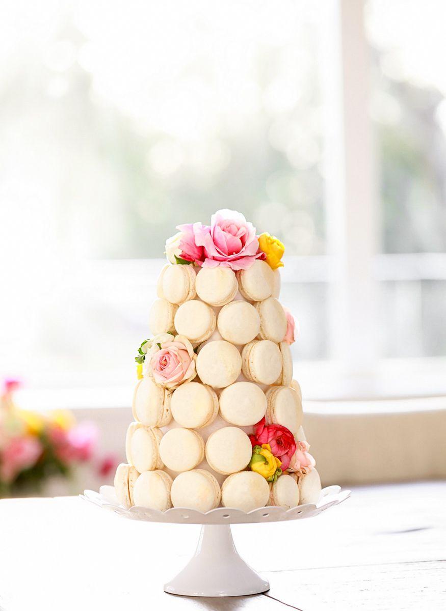 Simple macaron cake