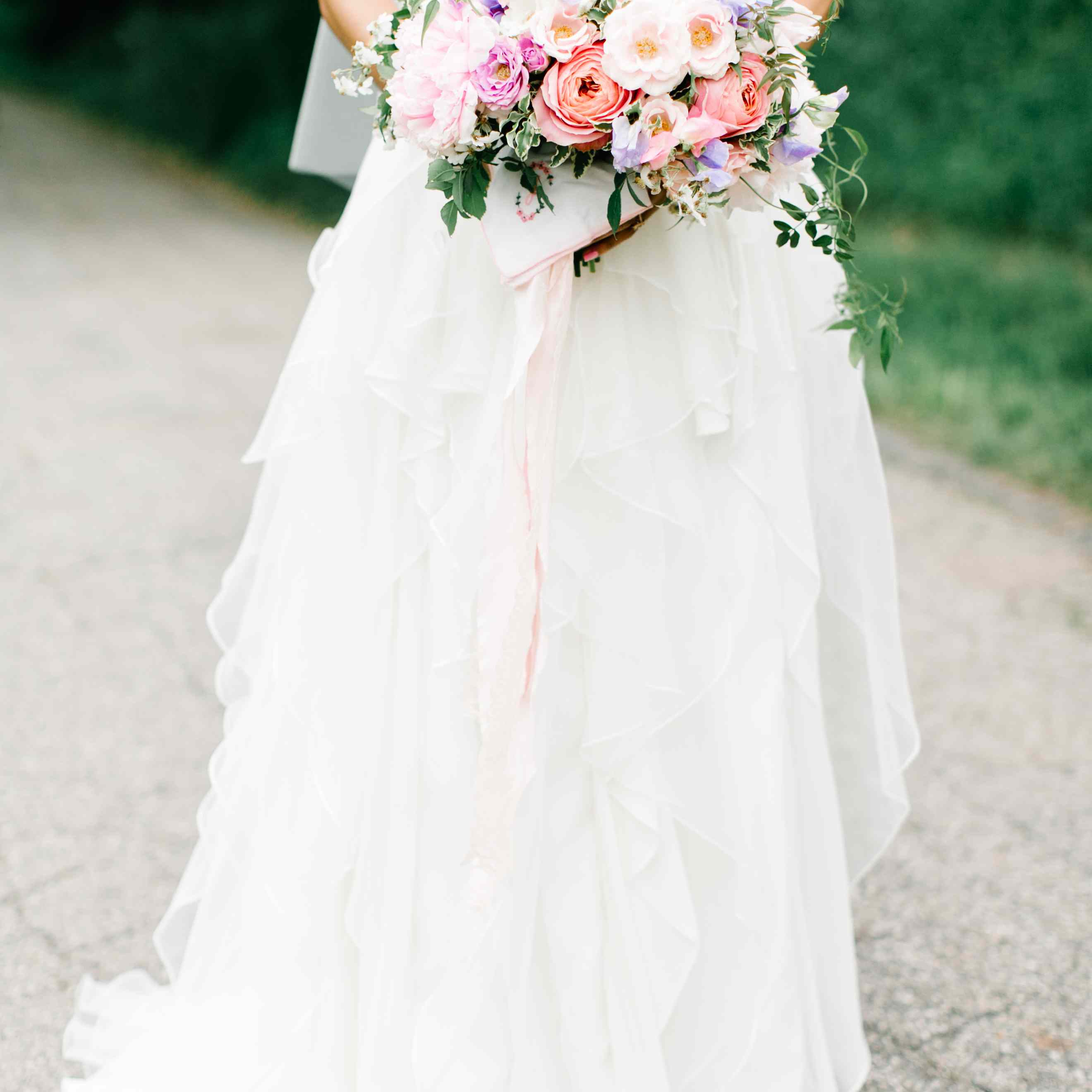 Ceremony And Reception Gap: 7 Feminist Alternatives To Outdated (and Patriarchal