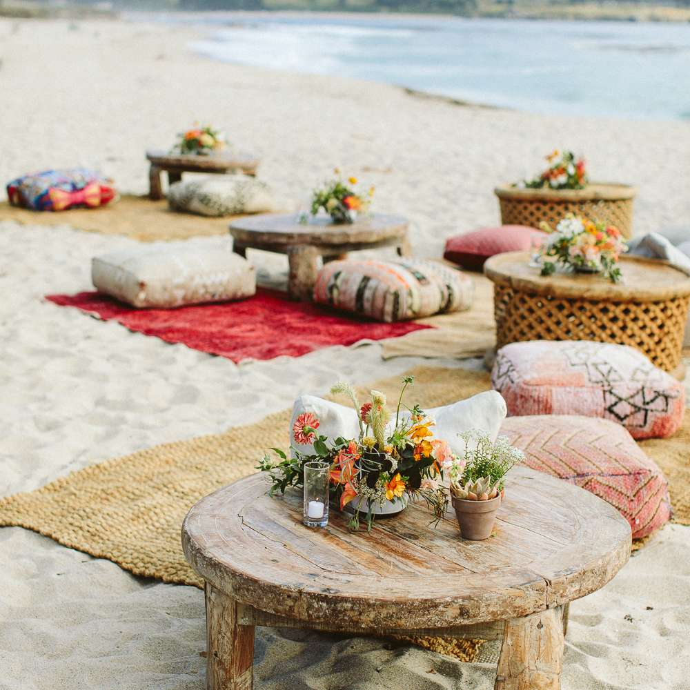 <p>lounge seating area on beach</p><br><br>