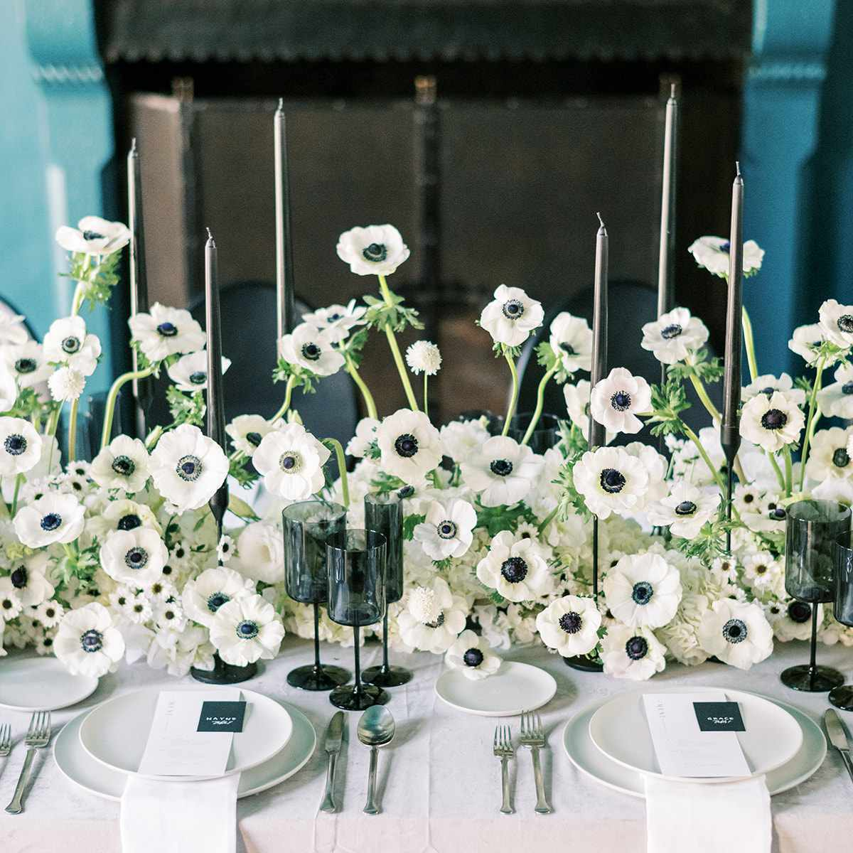 reception table with anemones