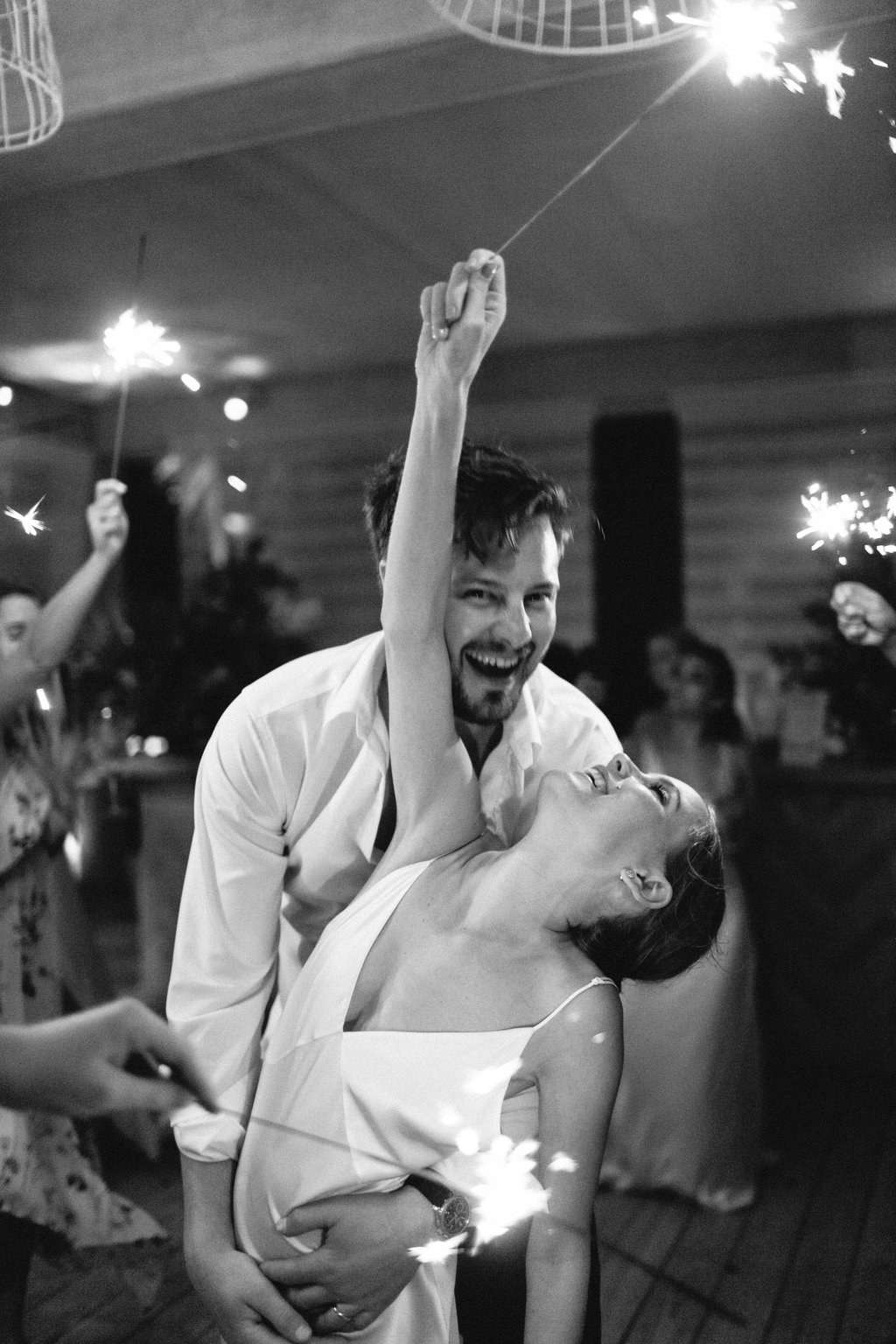 Last Song Wedding.The Perfect Playlist For Your Wedding S Last Song