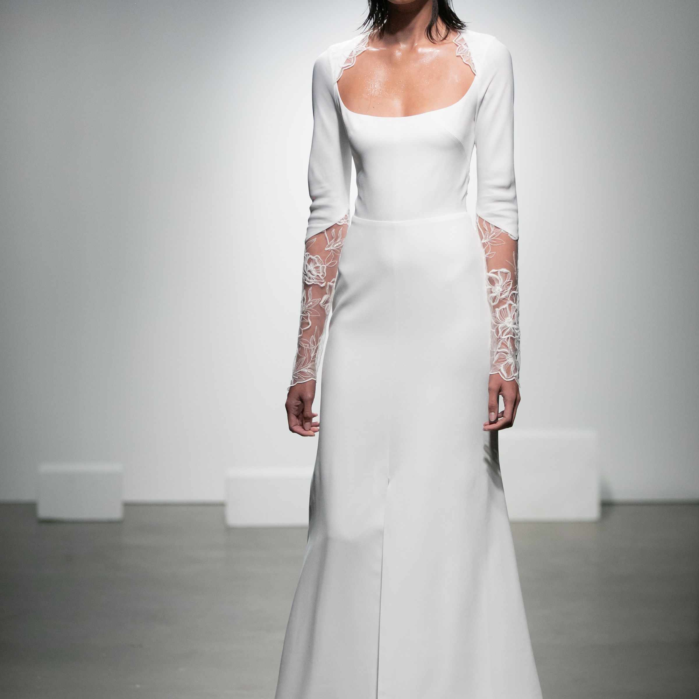 Long-sleeve crepe dress with scoop neckline and floral embroidery on the sleeves