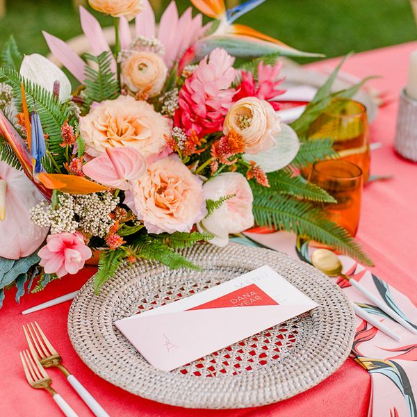 Pink and red table setting