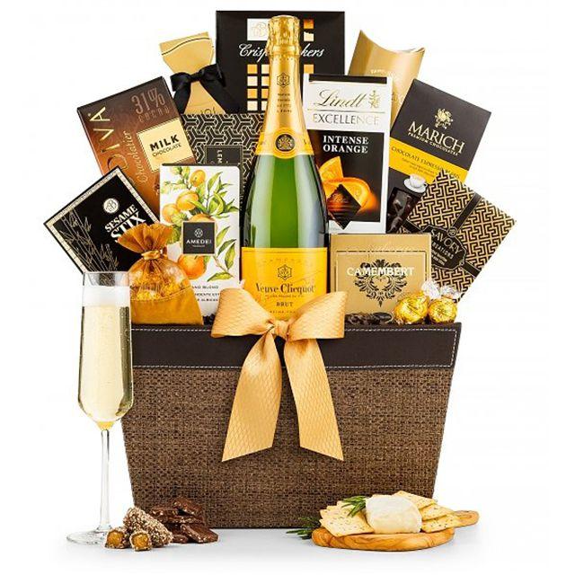 Gift Tree Veuve Clicquot Tasting Gift Basket