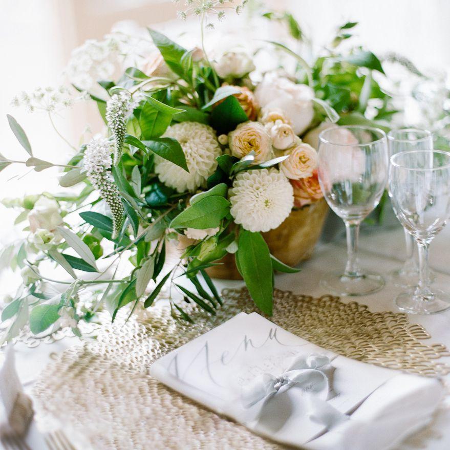 <p>place setting wedding menu</p>