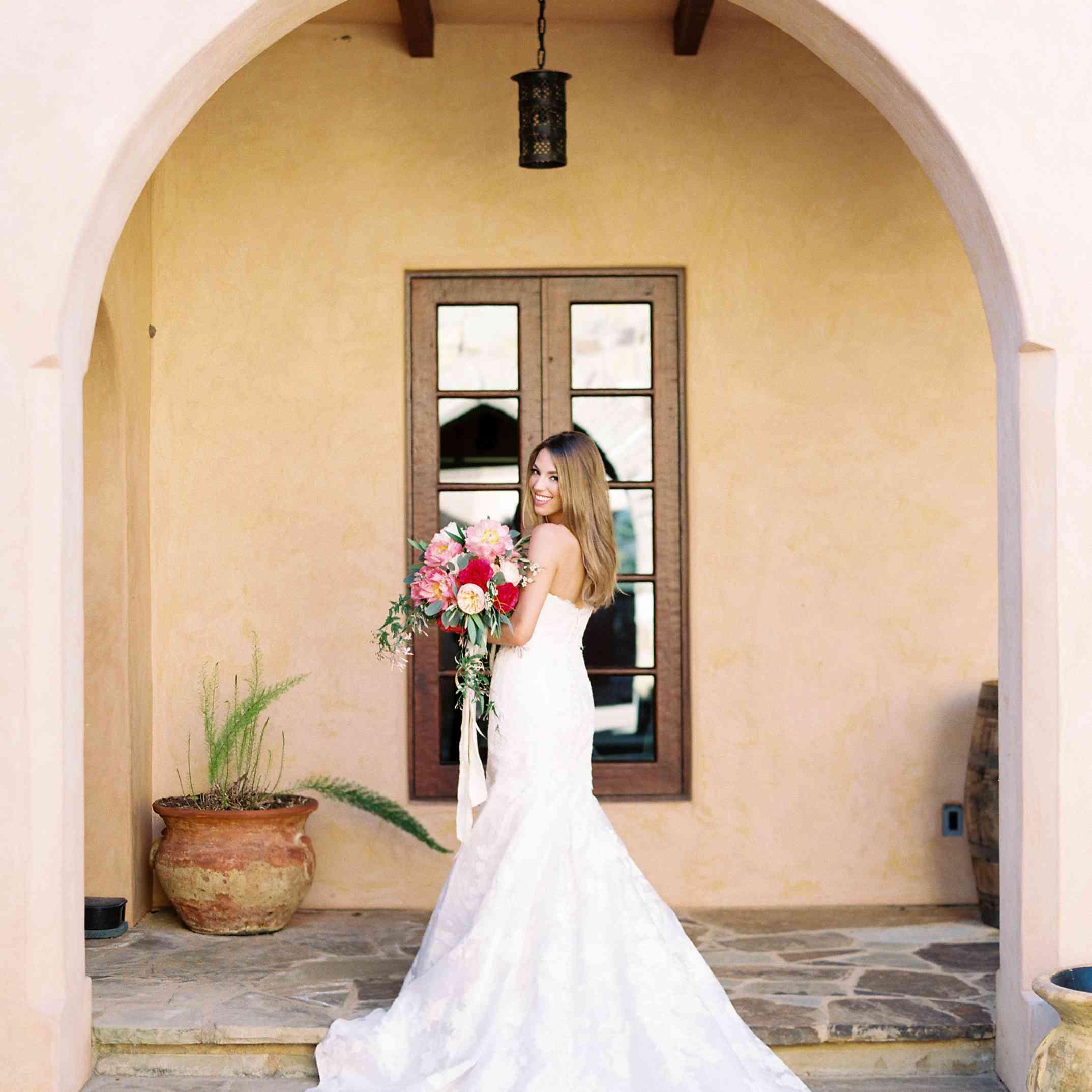 <p>bride</p><br><br>