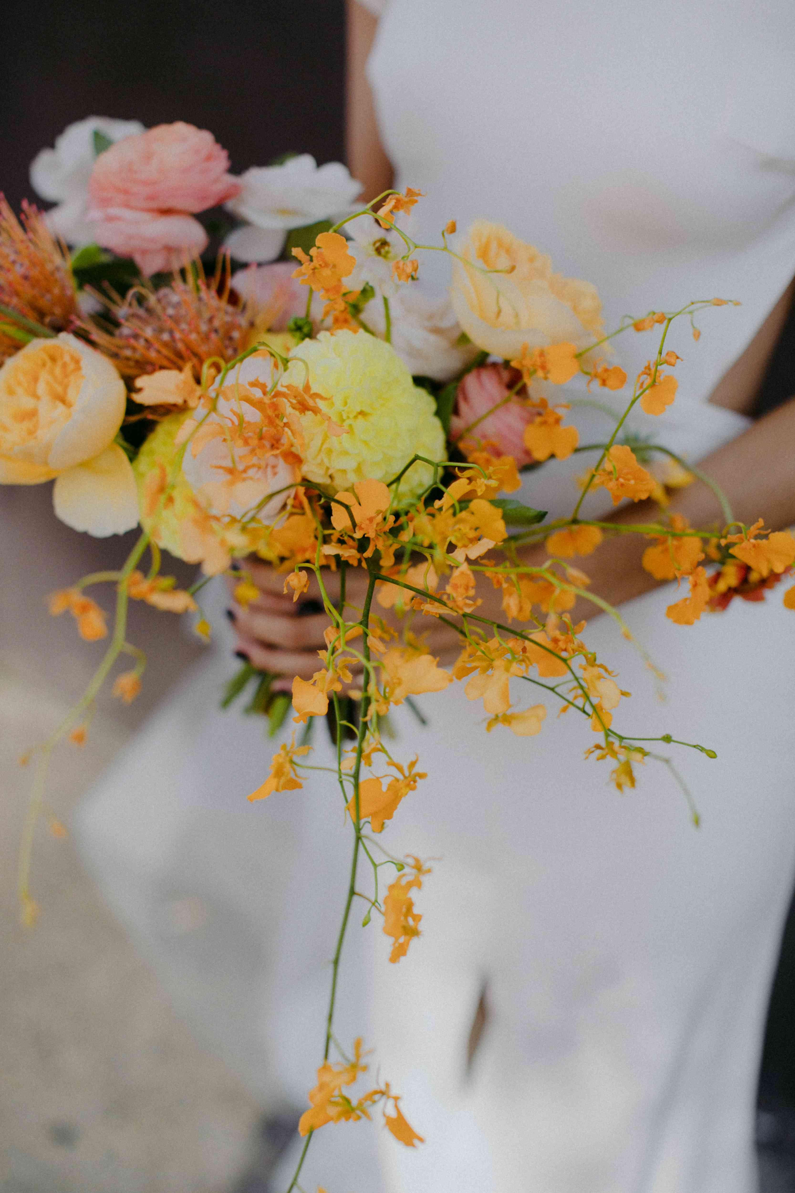 <p>bride's bouquet</p><br><br>