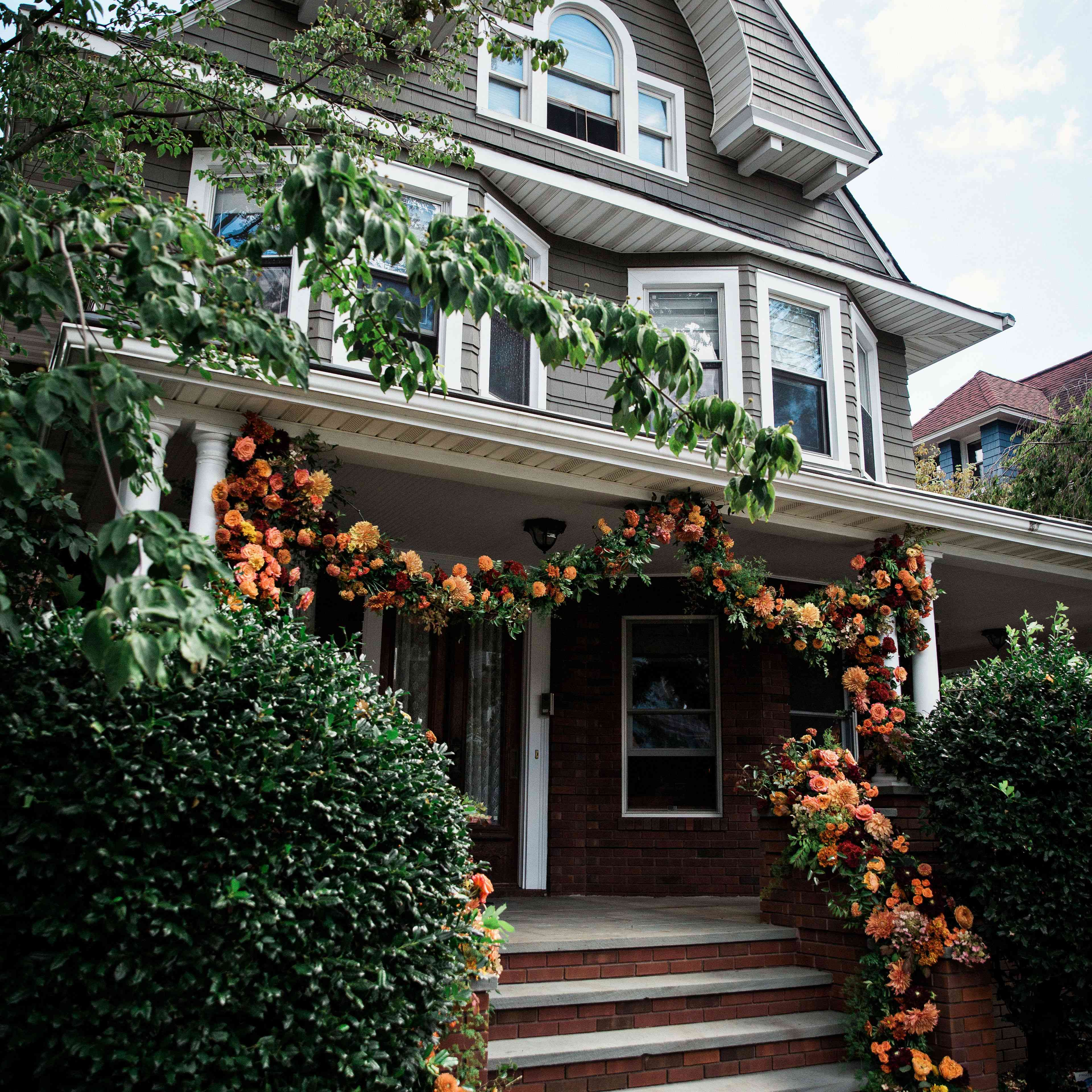 The house with a floral installation