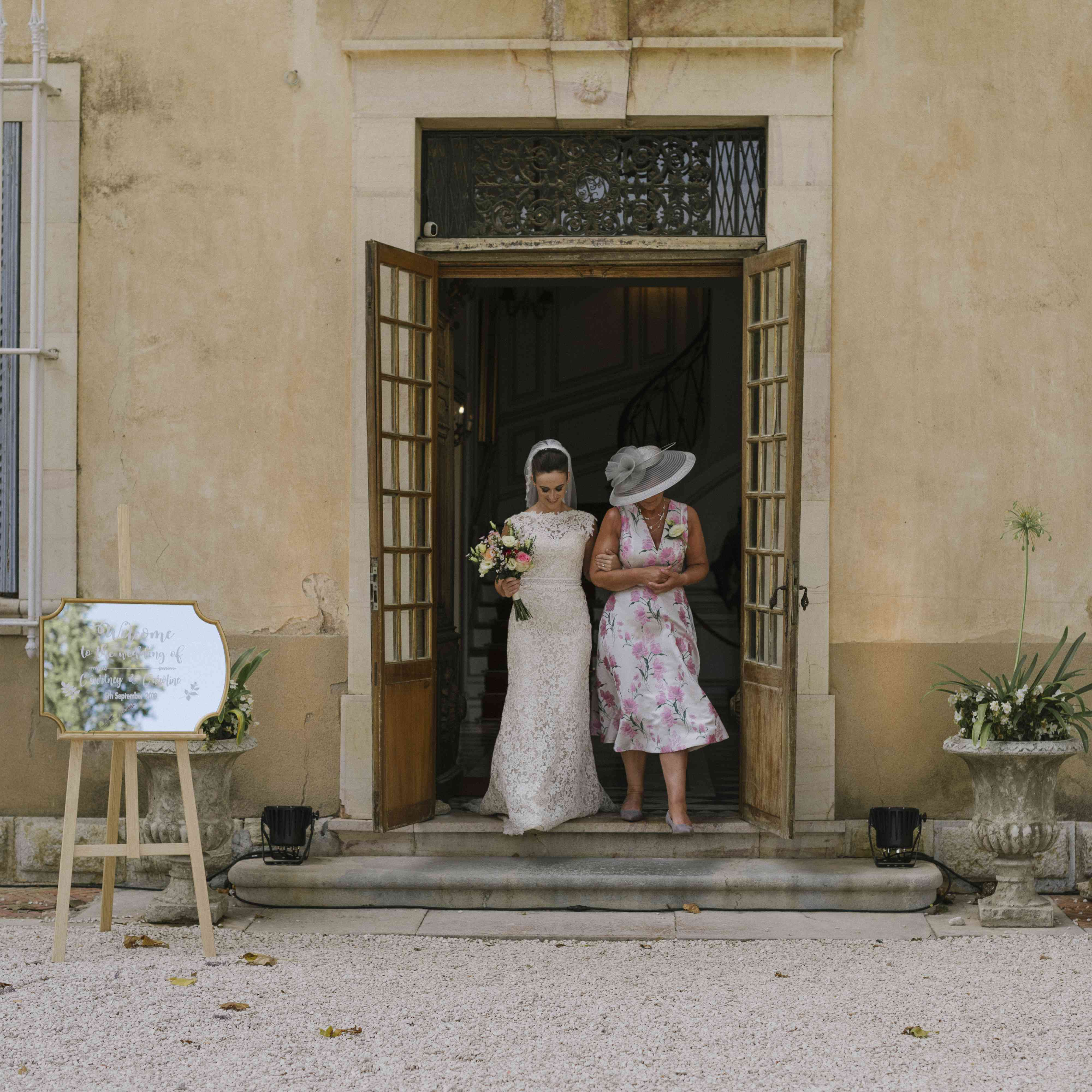 <p>mother of the bride escorting daughter</p><br><br>
