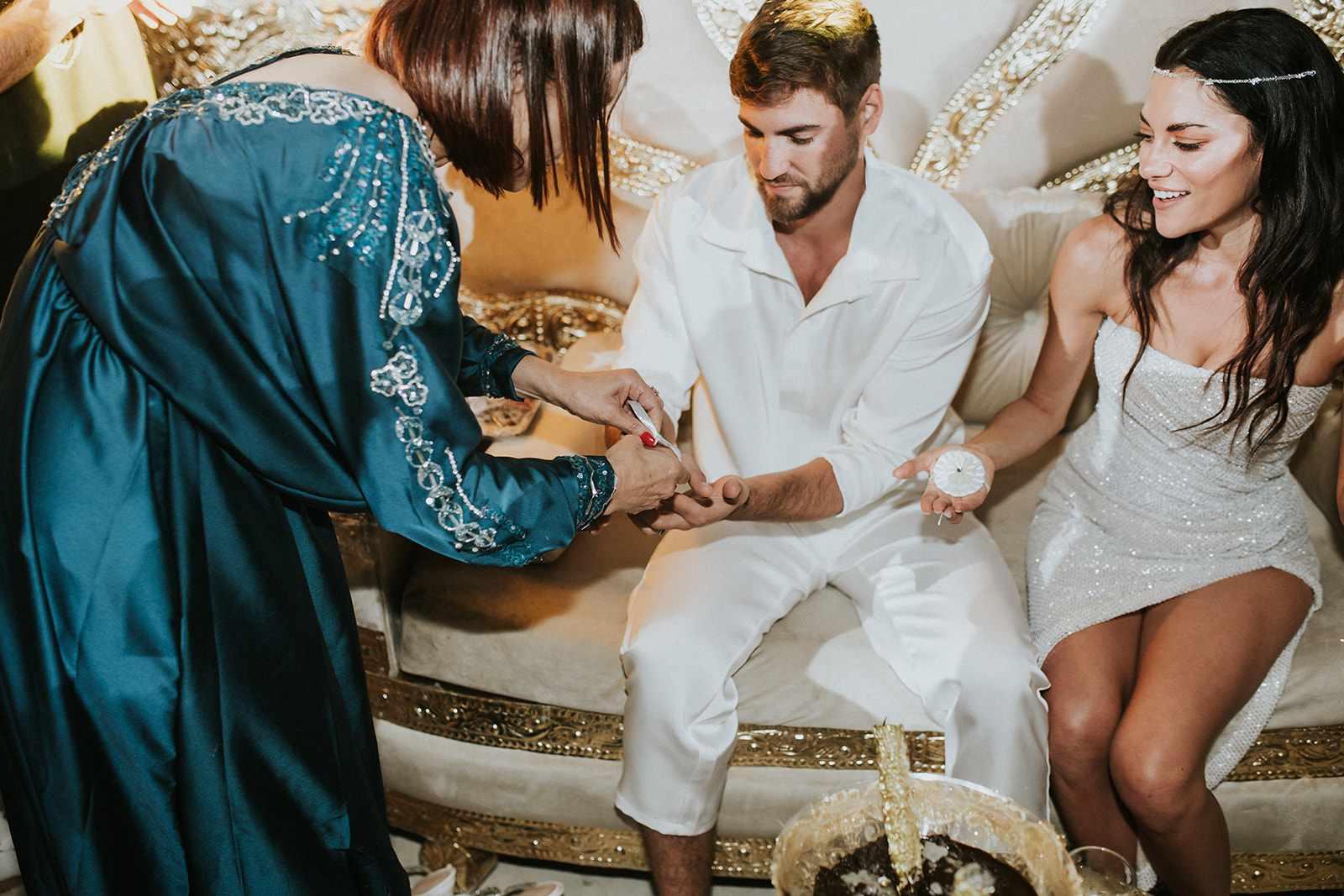 bride and groom henna