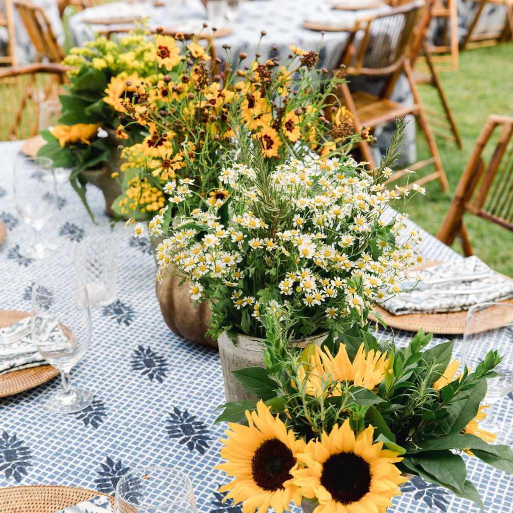 timeless southern wedding, sunflower rehearsal dinner seating