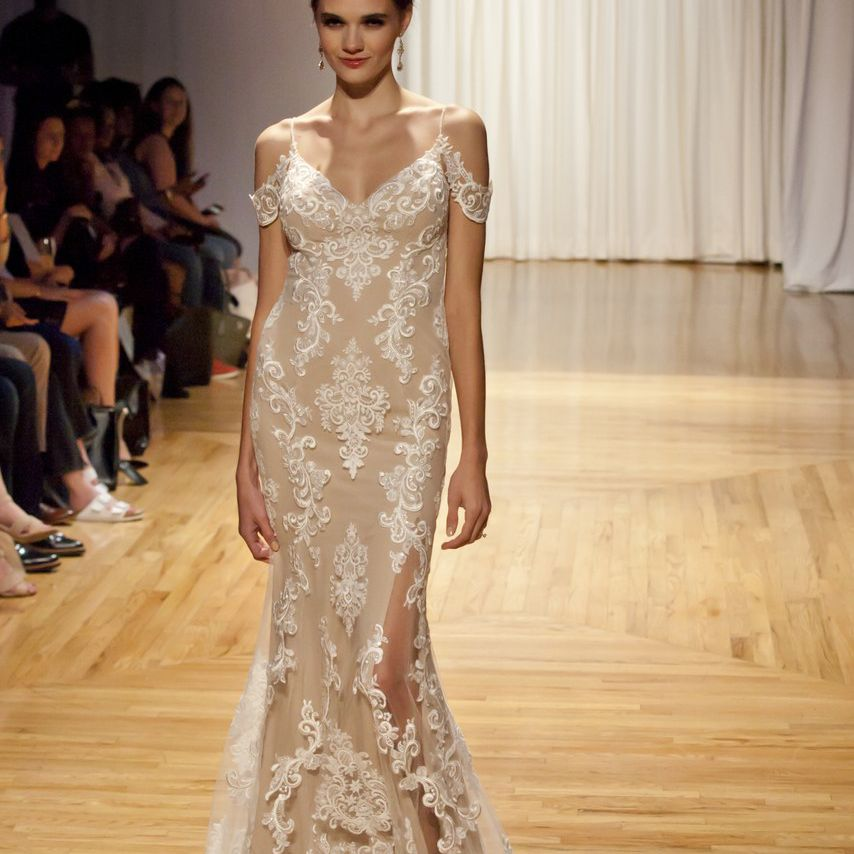 5c89ce3a89 20 Champagne Wedding Dresses for the Bride Who Wants Subtle Color