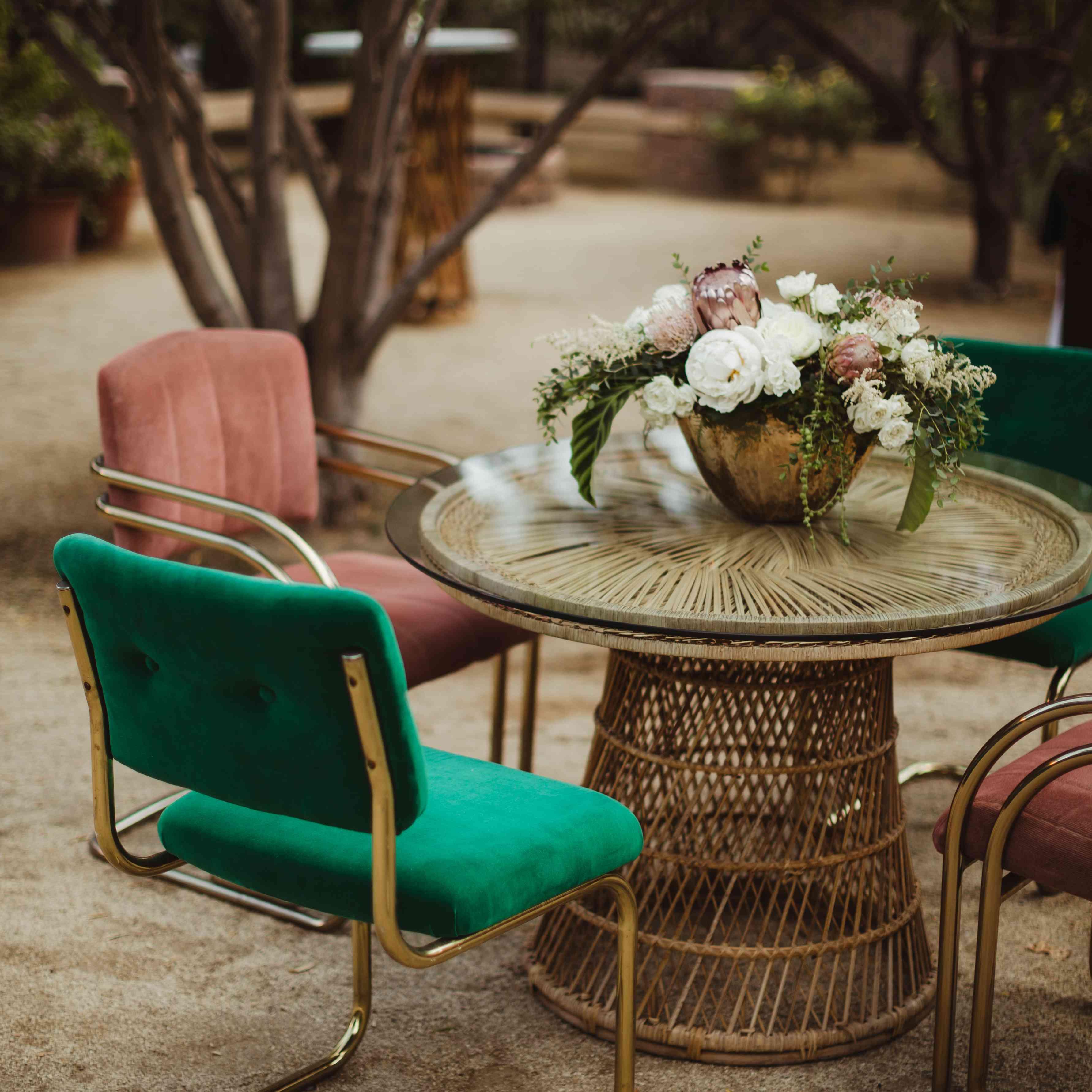 Wedding table chair arrangment