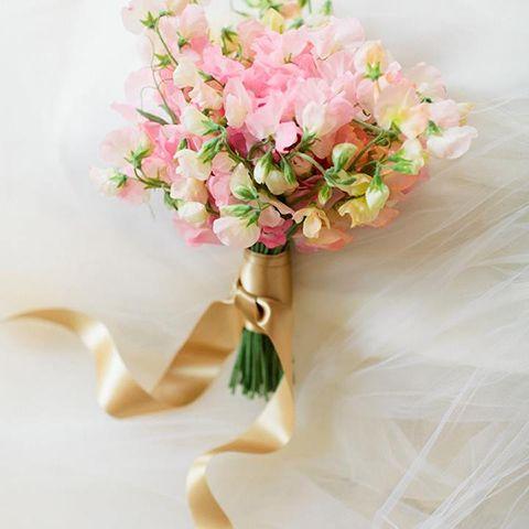 pink sweet peas bridal bouquet