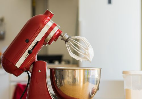 <p>Kitchen Mixer</p>