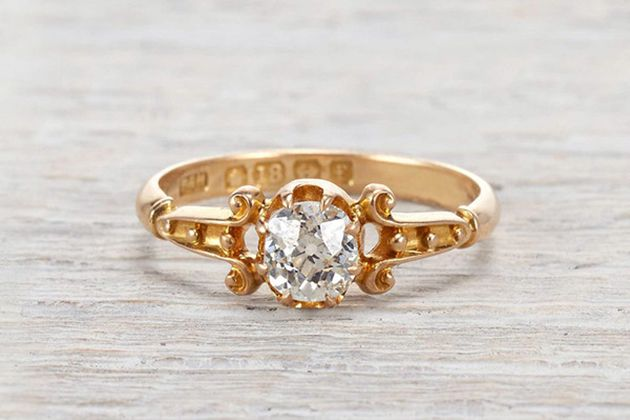 The Best Spots for a Vintage Engagement Ring in NYC