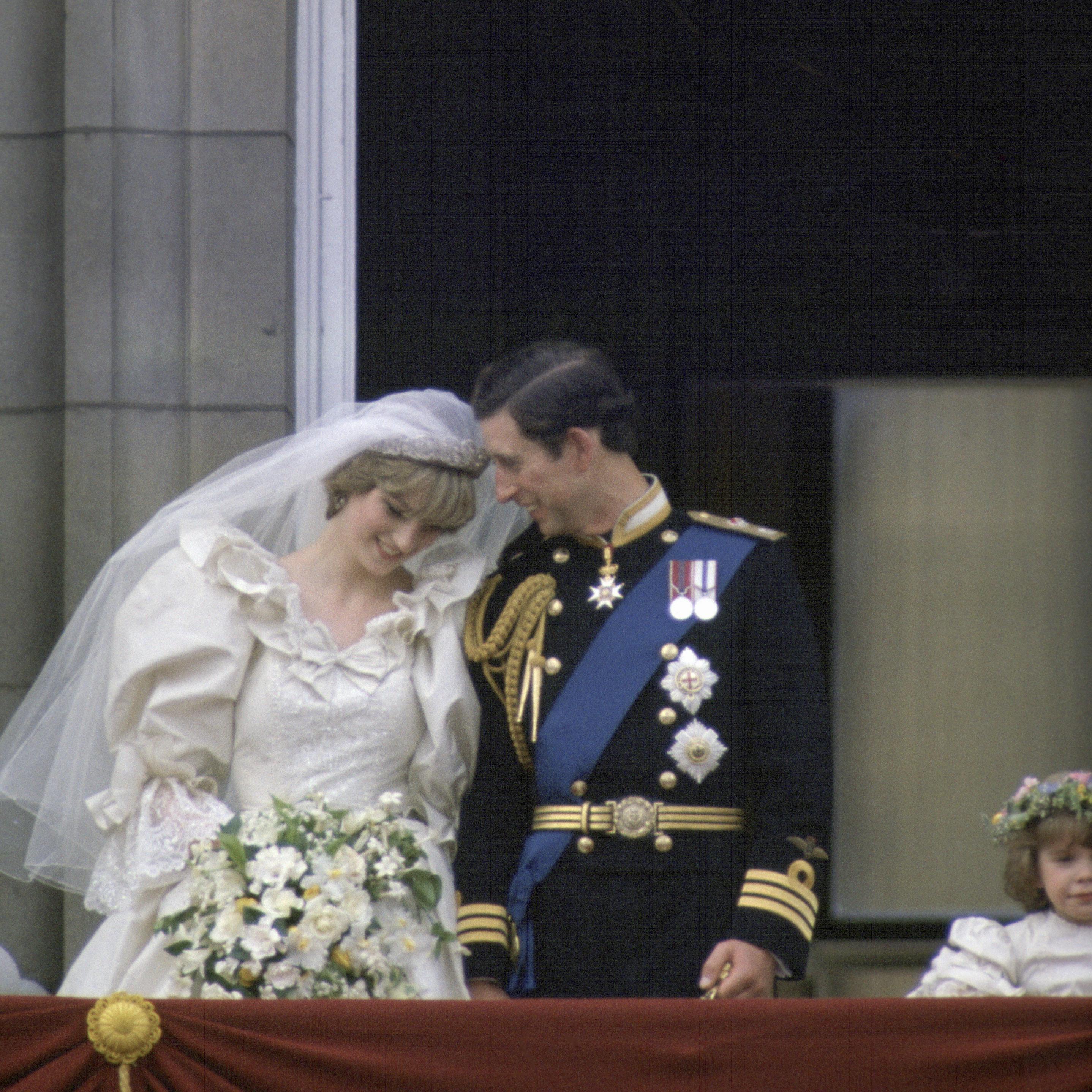 Prince Charles And Princess Diana S Wedding In Photos
