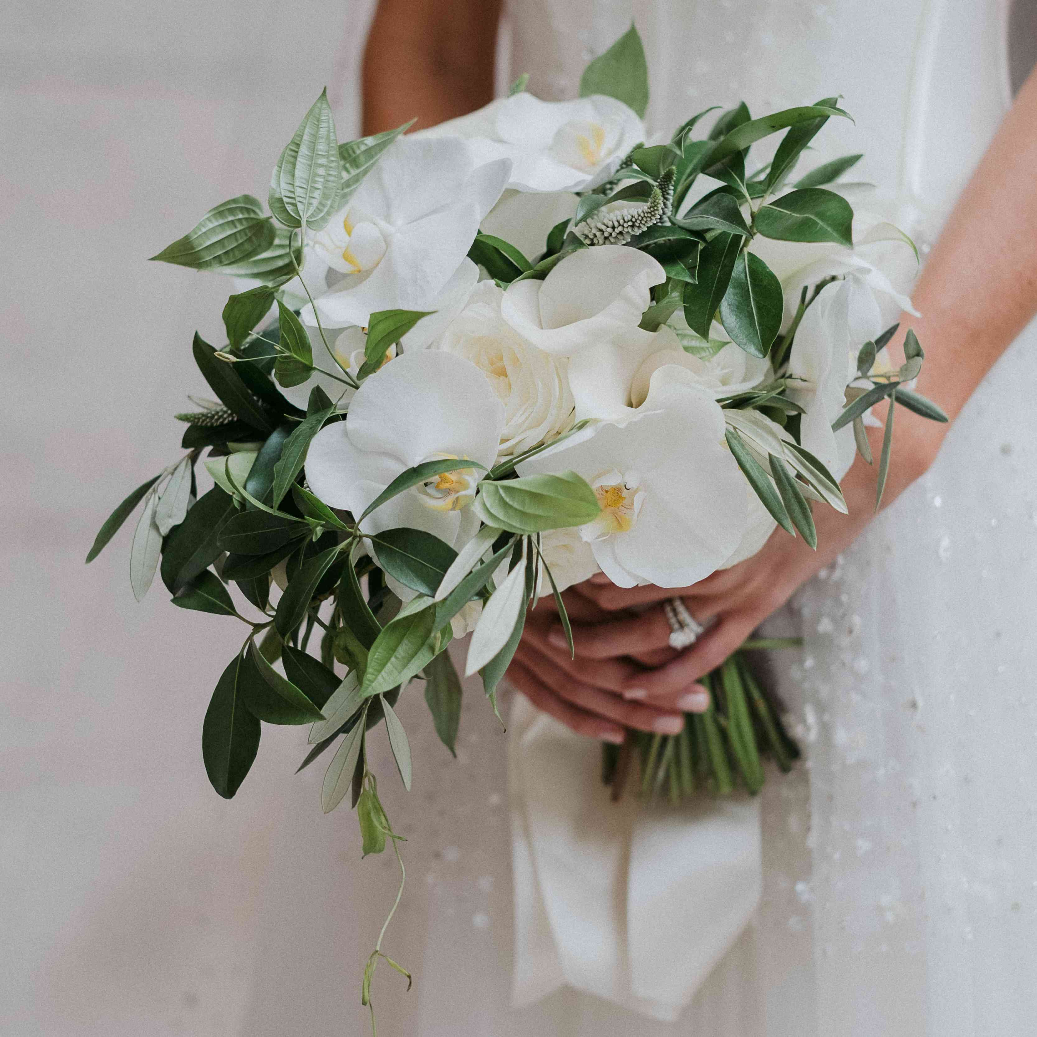 30 Orchid Bouquet Ideas For Brides And Bridesmaids