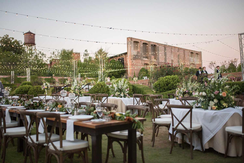Outdoor table reception venue