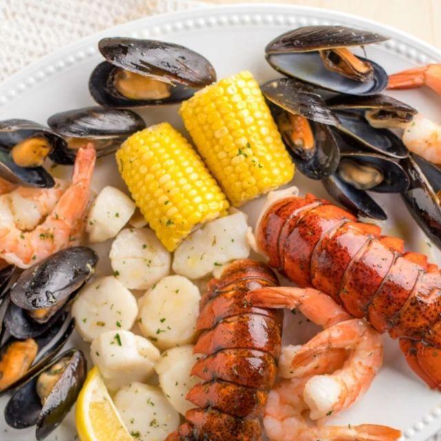 Goldbelly Maine Shore Dinner for 2