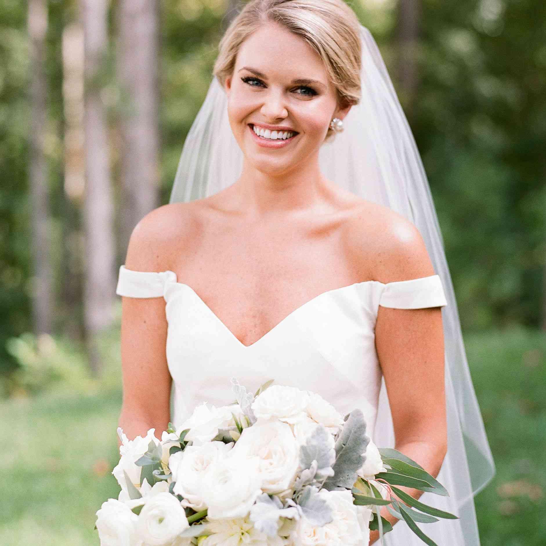 Antonio Gual wedding dress
