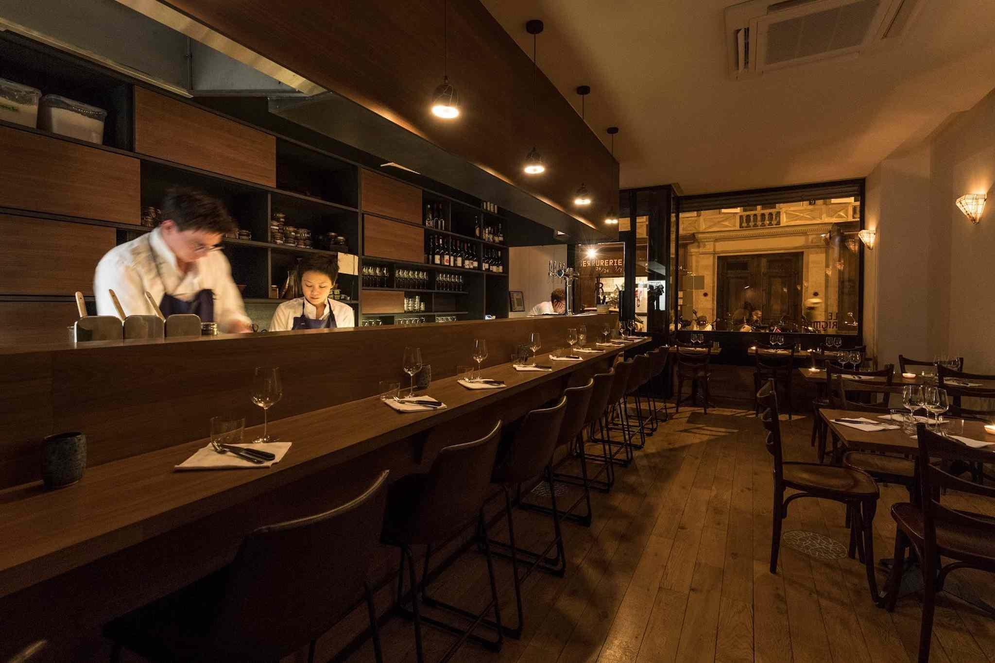 6 Of The Most Romantic Restaurants In Paris