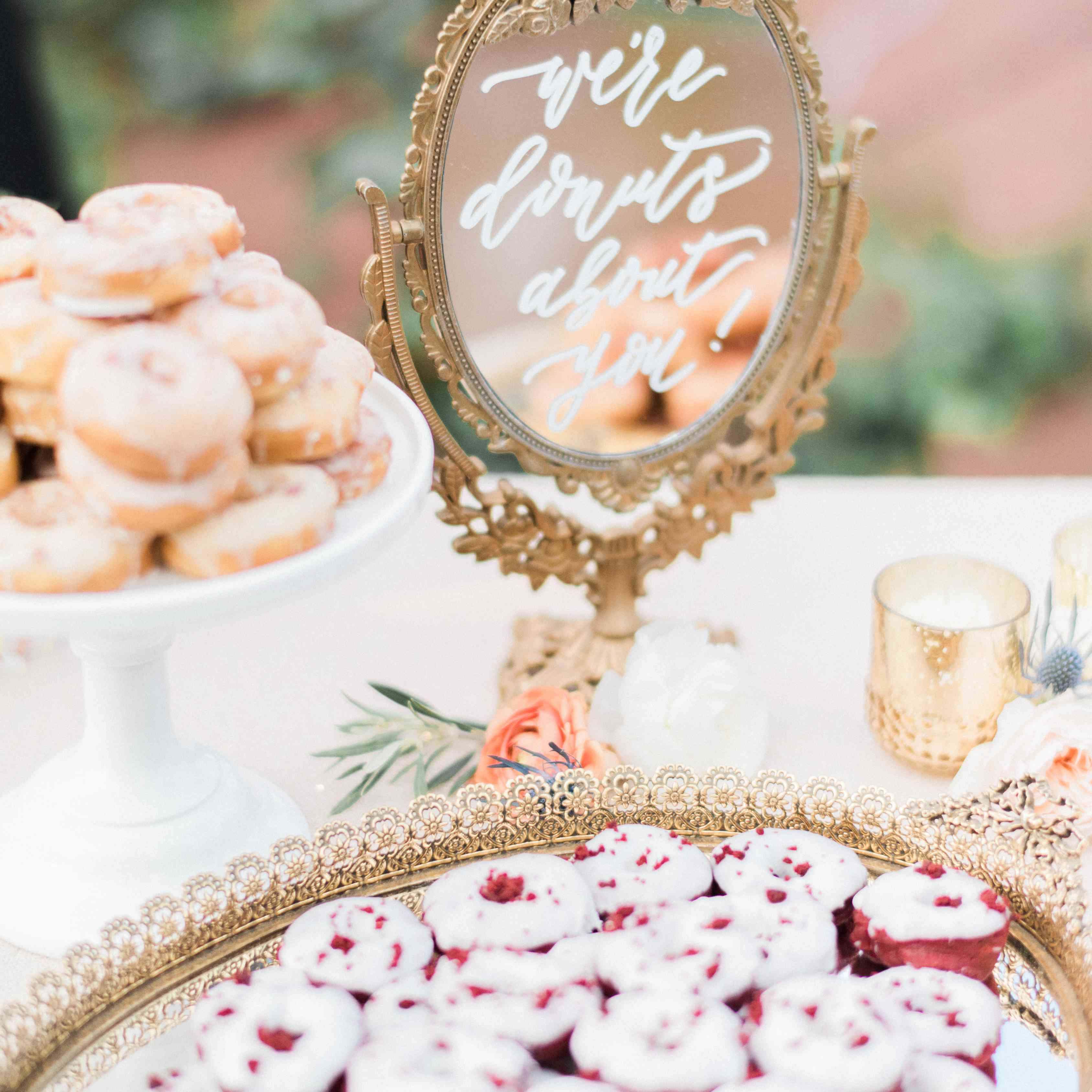 Mirrored dessert table sign