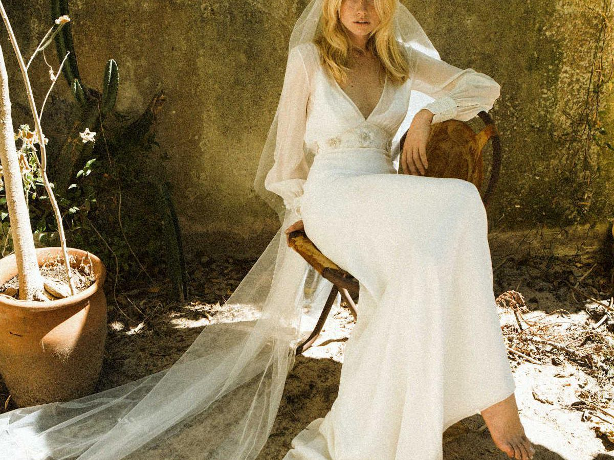41 Vintage Inspired Wedding Dresses We Love