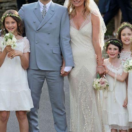 Kate Moss marries Jamie Hince in John Galliano, 2011